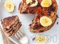 Протеинови бананови палачинки с овесени ядки, сирене котидж и черен шоколад
